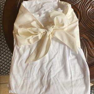 Beaufort Bonnet Co swaddle with pearl colored bow